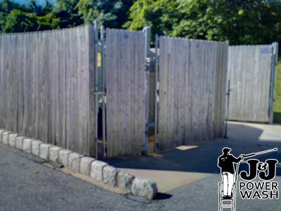 Wood Fence Powerwashing